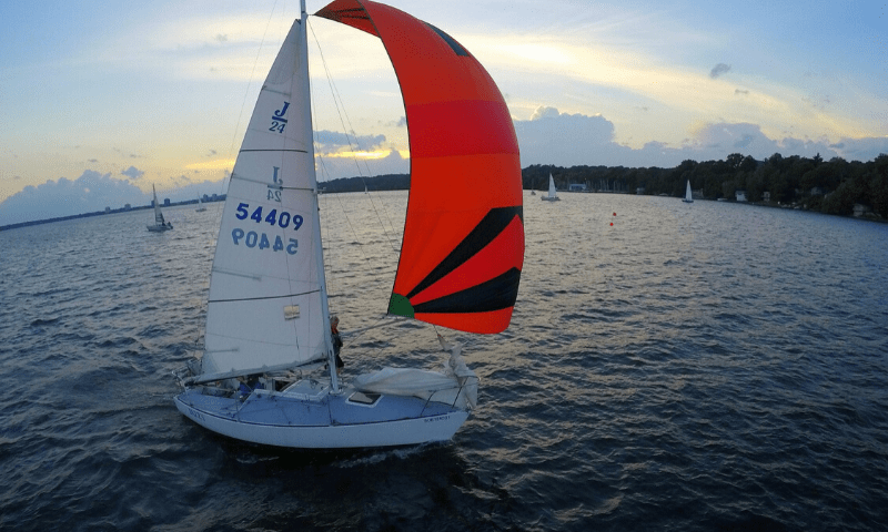 Barrie yacht Club keel boat sailing lessons